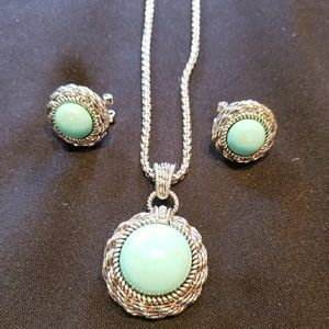 Turquoise Set of Necklace & Earing